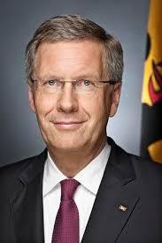 Christian Wilhelm Walter Wulff Bild: bundespraesident.de / Jesco Denzel. Zurück zu Kabinettsmitglied: Bundesregierung wird Ehrensold für Wulff zustimmen - full-77ef461c34c740c7b73368462144c8df