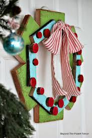 234 best lets make a wreath images on pinterest christmas ideas