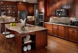 traditional gourmet kitchen in chastain park lefko design build