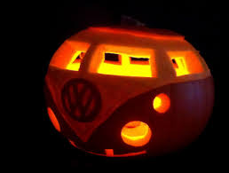 the 17 craziest pumpkin carving ideas for halloween playbuzz