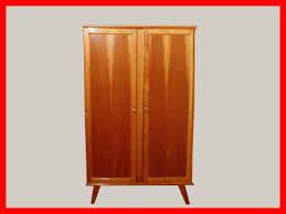 armoire vintage enfant penderie armoire deco vintage meubles et décoration vintage