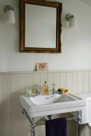 Bathroom Sink Ideas For Small Bathroom Best 25 Victorian Bathroom Sinks Ideas On Pinterest Bathroom