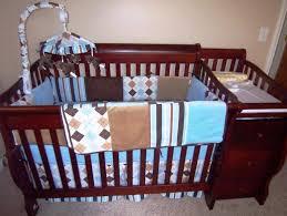 Convertible Crib Changer Combo by Best Convertible Crib With Changing Table Designs Decoration