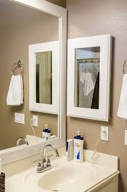 Mirrored Medicine Cabinet Doors by Best 25 Small Medicine Cabinet Ideas On Pinterest Bathroom