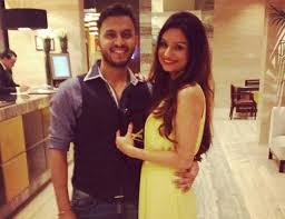 To whom Rahul Mahajan     s ex wife Dimpy is getting married  SantaBanta Dimpy and Rohit have  reportedly  been dating each other since