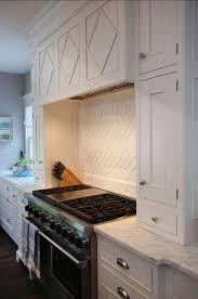 kitchen backsplash trim ideas 395 best counter tops and backsplashes images on pinterest