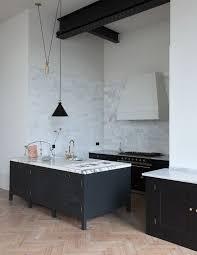 Simple Kitchens Designs Best 25 Plain English Kitchen Ideas On Pinterest English