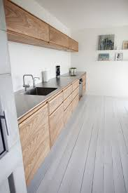 Minimalist Kitchen Cabinets by Best 25 Wooden Kitchen Cabinets Ideas On Pinterest Victorian