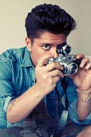 download music & music video,song lyrics,picture,biography. Peter Gene Hernandez - bruno mars photos
