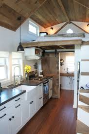 Tiny House Interior Images by Best 10 Tiny House Bathroom Ideas On Pinterest Tiny Homes