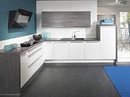 Gray Floors What Color Walls by Grey Floors What Color Walls Thesouvlakihouse Com