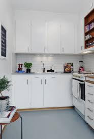 Small White Kitchen Design Ideas by 64 Best Small Kitchen Images On Pinterest Kitchenettes Home And