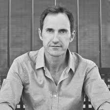 José María Garrido enseña a los lectores en su primera novela a ... - jose_maria_garrido