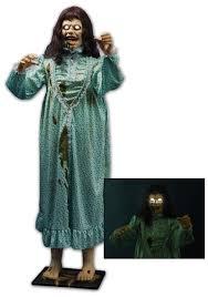 animatronic halloween props the exorcist lifesize regan statue