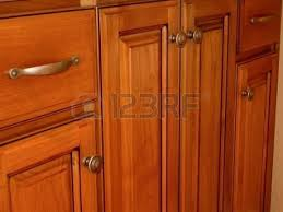 100 kitchen cabinets pulls and knobs kitchen cabinet knobs