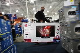 black friday best tv deals us brawls erupt in stores open on thanksgiving ny daily news