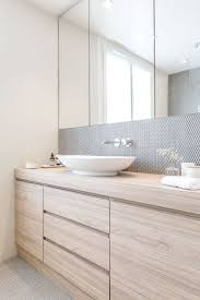 Bathroom Vanity Designs by Best 10 Bathroom Cabinets Ideas On Pinterest Bathrooms Master