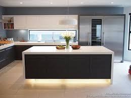 Simple Kitchens Designs Best 10 Luxury Kitchen Design Ideas On Pinterest Dream Kitchens