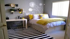 Photo De Chambre De Fille Ado by View Small Bedroom Colors Popular Home Design Interior Amazing