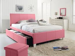Queen Bedroom Set Target Bedroom Give The Collection A Modern And Sophisticated Look With