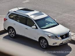 nissan pathfinder qatar 2015 2015 nissan pathfinder hybrid in the uae u2013 drive arabia