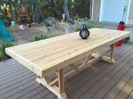 Building Outdoor Wood Furniture by Best 25 Outdoor Dining Tables Ideas On Pinterest Patio Tables
