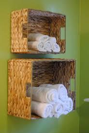Diy Bathroom Ideas by Best 25 Small Apartment Bathrooms Ideas On Pinterest Inspired