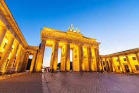 Berlin     s Brandenburg Gate PlanetWare