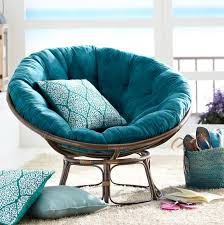 Papasan Chair In Living Room Decor Stunning Living Room Design With Throw Pillows And Double