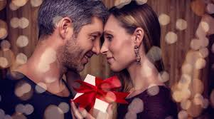 Valentines Day       Messages for boyfriends  husbands   The     The Indian Express