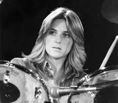 Sandy West Portrait On Kit
