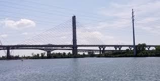Champlain Bridge, Montreal