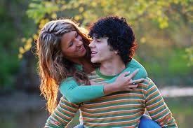 Is Your Teen Dating Online