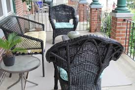 Painting Wicker Patio Furniture - marissa says a lifestyle blog august 2015