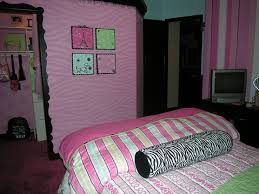 Bedroom Decorating Ideas Cheap Lovable Teenage Bedroom Ideas On A Budget For House
