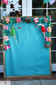 Background Decoration For Birthday Party At Home Best 25 Hawaiian Party Decorations Ideas On Pinterest Luau