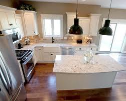 Kitchen Design Layout Ideas by 25 Best Small Kitchen Islands Ideas On Pinterest Small Kitchen