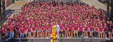 gannon welcomes new freshman class to campus the gannon knight