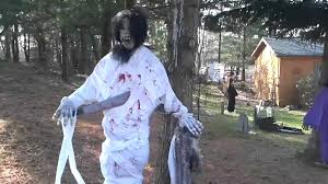 halloween yard decorations diy making scary halloween decorations realistic halloween yard