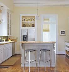 Gray Color Schemes For Kitchens by Best 25 Pale Yellow Kitchens Ideas On Pinterest Yellow Kitchen