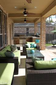 Simple Covered Patio Designs by Best 20 Covered Patio Design Ideas On Pinterest Cover Patio