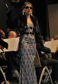 Sonja Adam singt \u0026quot;Glitter \u0026amp; Be Gay\u0026quot; - Fürstenfeldbruck - 1420694_web