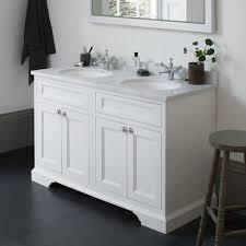 Cheap Bathroom Vanities With Tops by Best 25 Double Vanity Unit Ideas On Pinterest Double Vanity