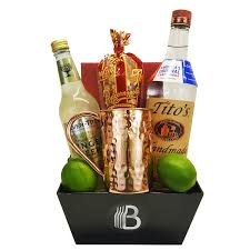 alcohol gift baskets for men liquor u0026 spirit sets thebrobasket com