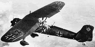 Henschel 126 en vol