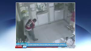 """Bandido atira em vidro blindado e atinge """"parceiro"""" durante assalto ..."""