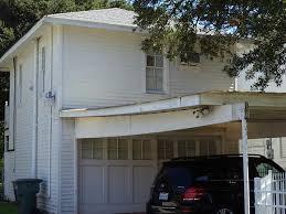 Building A Garage Apartment 2626 Avenue O 1 2 Galveston Tx 77550 Har Com