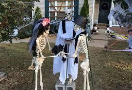 halloween decorations skeletons clarksville family u0027s halloween decorations tell story of mr bones