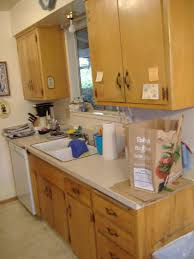 Kitchen cabinet in small kitchen space