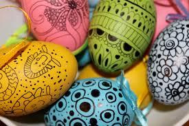 easter egg decorating idea 2 doodled eggs